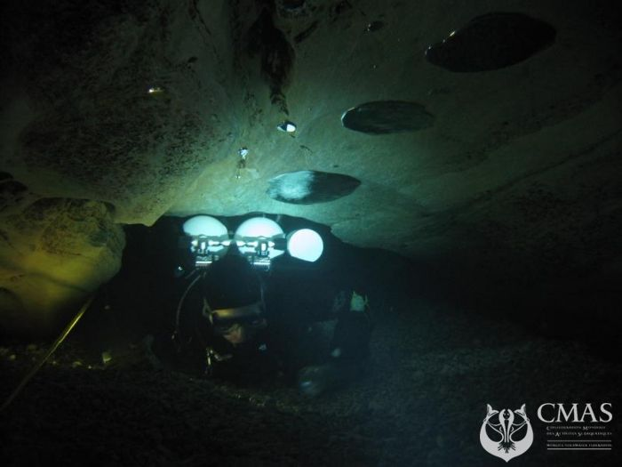 Technical Committee/Dive Training/Cave Diving