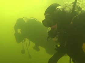 Slovenian divers with Spinal Cord Injury go under ice - Rudnisko jezero, Slovenia